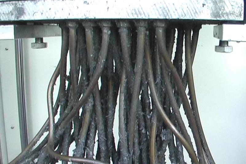 洗浄前 スプレーカセット洗浄機 株式会社MARUKA